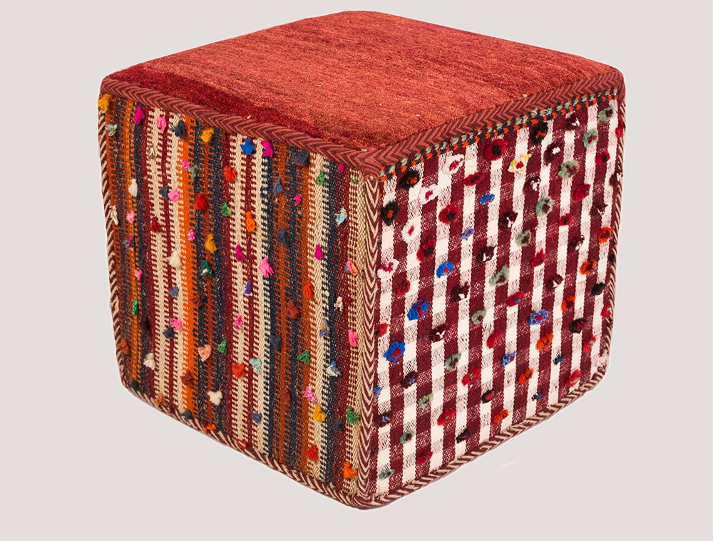Cube coffer 1 WEB1 to be used as a stool or table Luri jajim sides with Amaleh quality top contemporary
